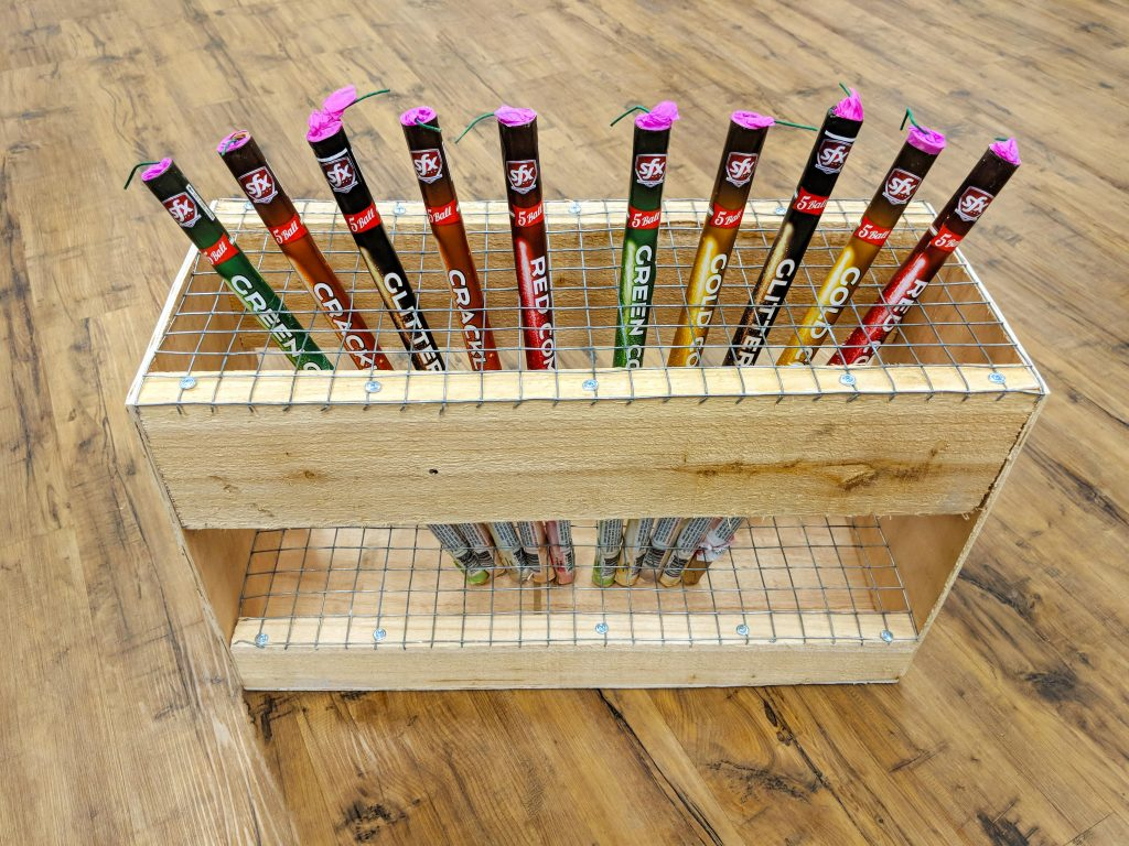 Chicken Wire Roman Candle Rack